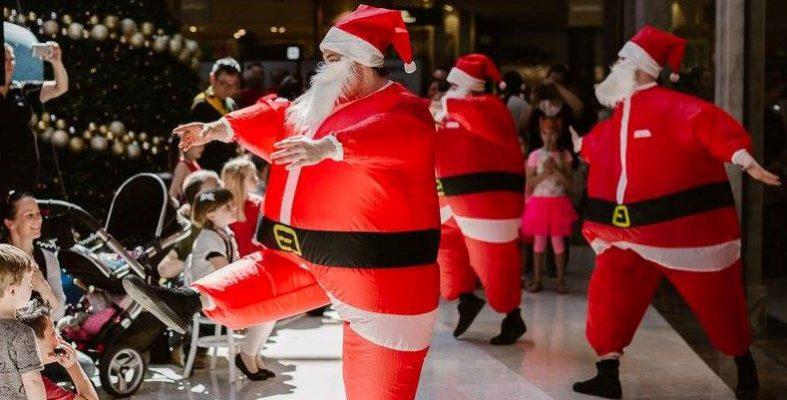 Fat-Santa-Performing